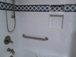 Handicap bar for tub assist