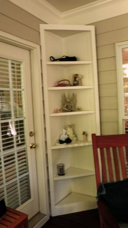 Take advantage of space with corner shelves