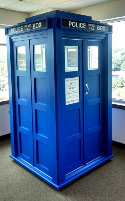 """""""Dr. Who Tardis"""" for telephone privacy and 2014 STAR award winner"""